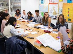 как выбрать школу английского